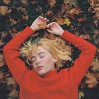 Girl In Red -We Fell In Love In October